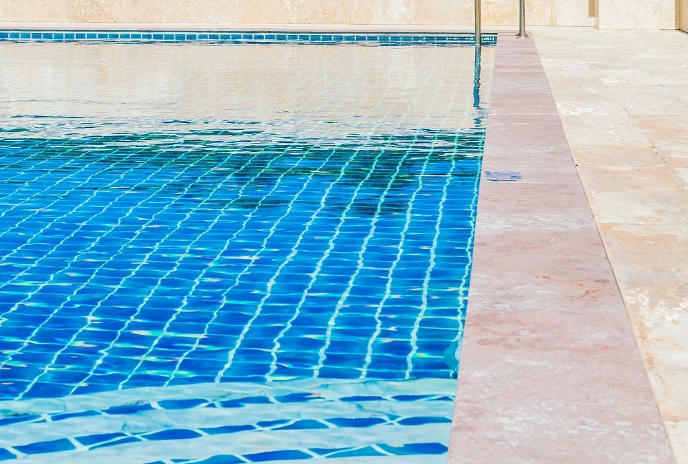 Questions to ask a California pool contractor