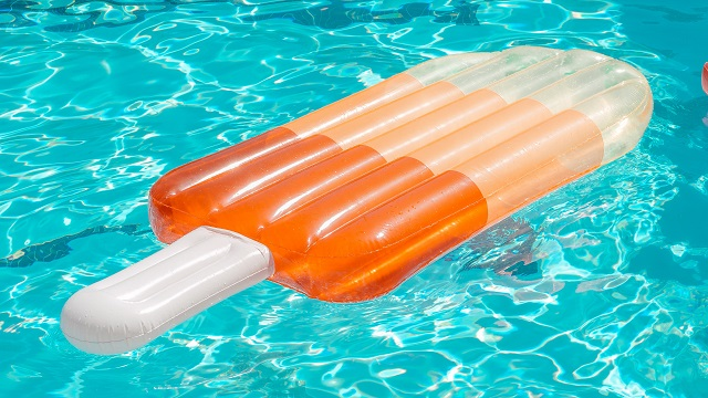 How to calculate the costs of pool ownership